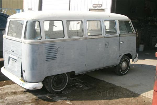 1961 deluxe 15 window vw microbus 1961 vw deluxe bus 497 for 16 window vw bus for sale